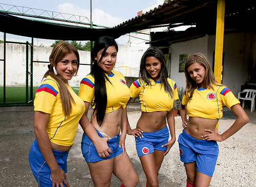Download Culioneros   Nalgas Grandes   Chicas futboleras from Uploaded.to, Rapidgator